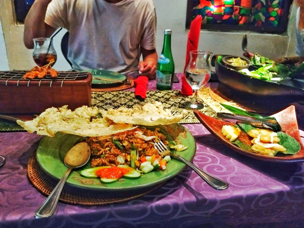 Where and What to eat in Jakarta - Plan. Save. Travel.